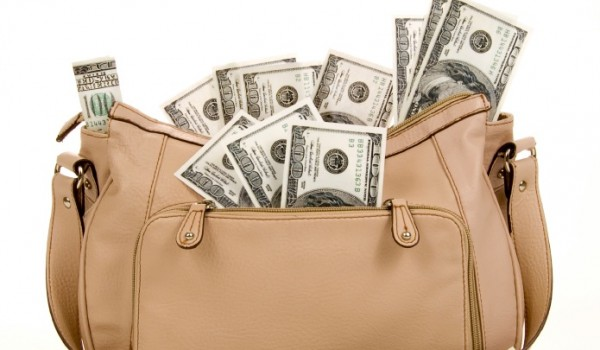 Money-in-purse-600x350