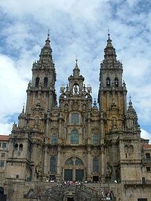 220px-Basílica_de_Santiago_02