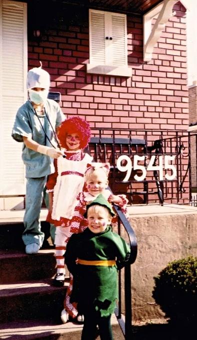 Gunn Kids Halloween 9545